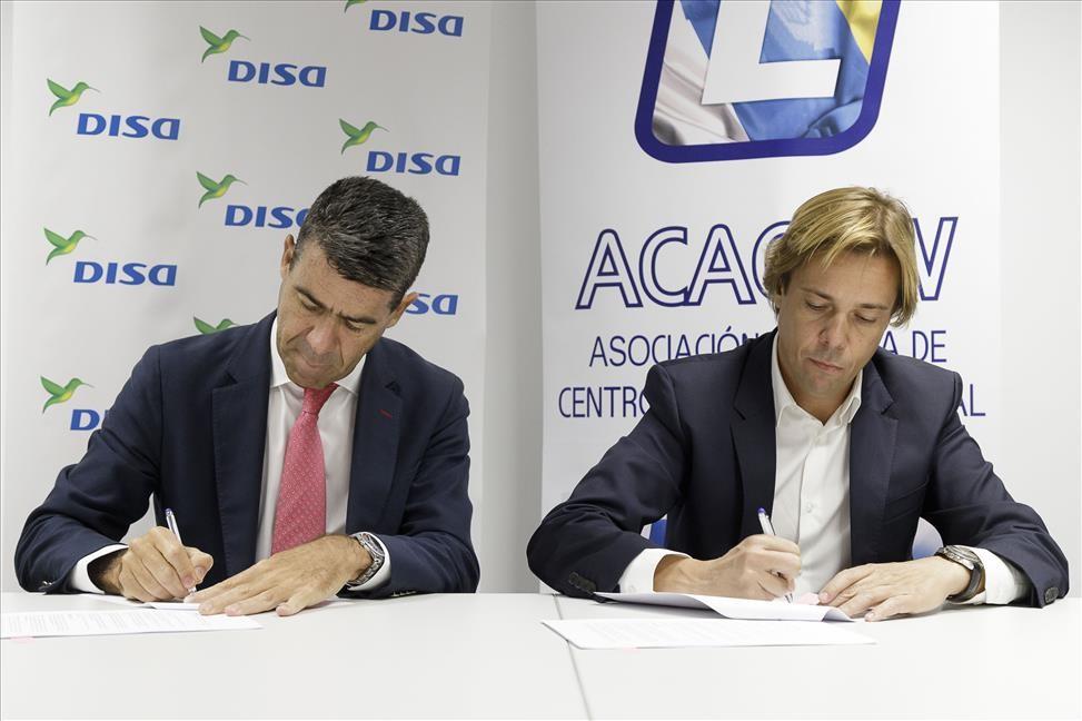 Santiago Rull y Javier Báez en el momento de la firma del acuerdo.jpg