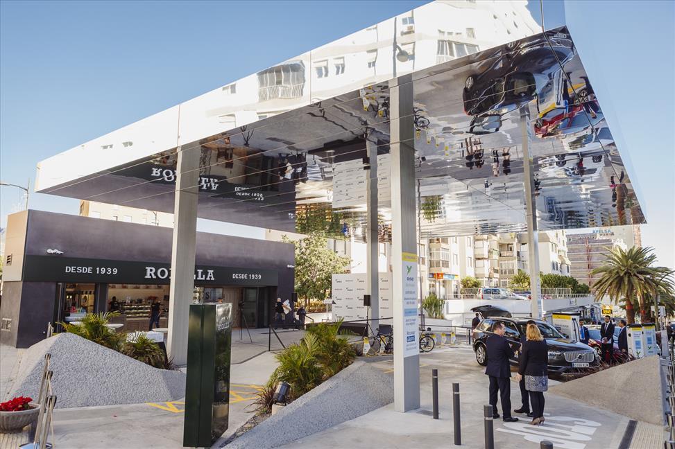 DISA inaugura la primera Electrolinera y Restaurante Rodilla de Canarias